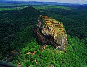 Découvrez la ville ancienne de Sigiriya ( Lion Rock ) dans le centre du Sri Lanka